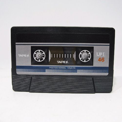 TAPES BLUE ダブルケースカセットテープ型バッテリーチャージャー
